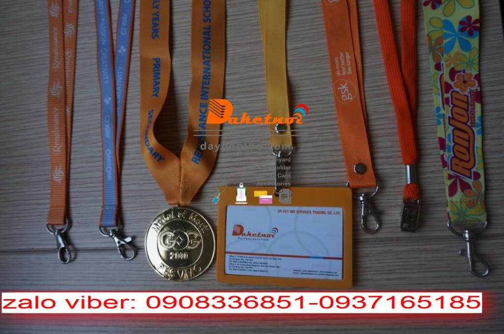 dây đeo thẻ  sinh viên UEH- dây đeo thẻ học sinh trường  quốc  tế