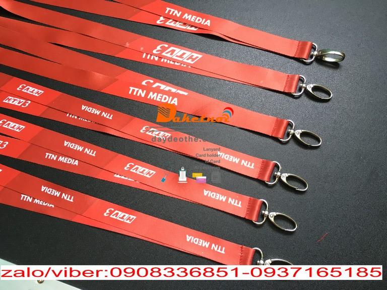 dây đeo thẻ satanh màu đỏ HTV3 IN CHÌM , móc oval , in nhiệt dây satanh 1.5cm và 2cm