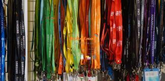 Dây Đeo Thẻ Sinh Viên ĐẠI HỌC TÔN ĐỨC THẮNG , dây đeo thẻ nhiệt chìm nylon renai , dây đeo thẻ in nhiệt satanh