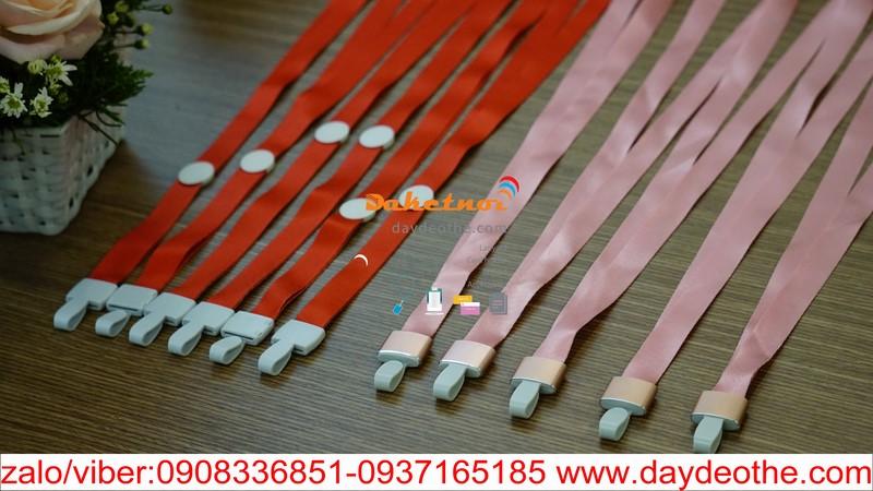dây đeo thẻ trơn móc  nhựa mạ nhôm đẹp