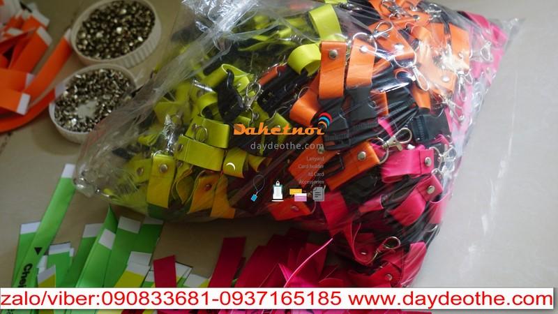 dây đeo thẻ satin in nhiều màu