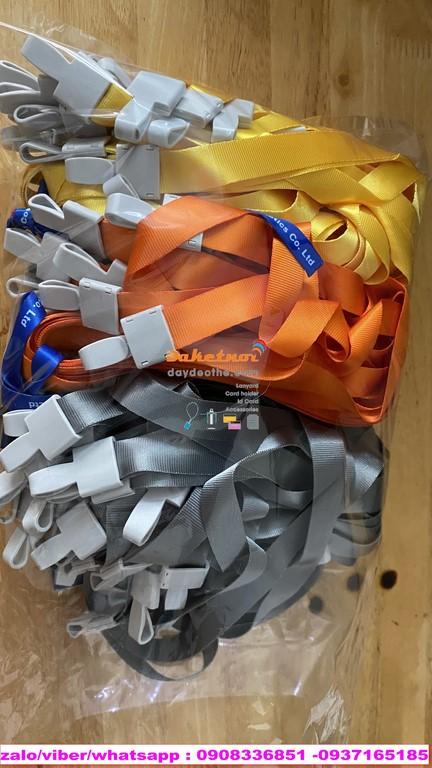 dây đeo thẻ trơn móc nhựa Size dây 1.5cm x 86cm
