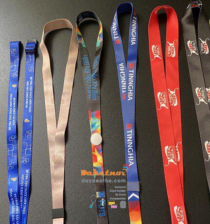 Dây đeo thẻ đẹp khóa tháo lắp satanh in chuyển nhiệt cao cấp Kích thước tiêu chuẩn : 1.5cm hay 2cm với chiều dài 86 cm hay 90 cm